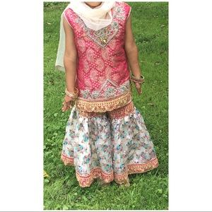 Other - Beautiful 3 pieces Bollywood partywear age 5